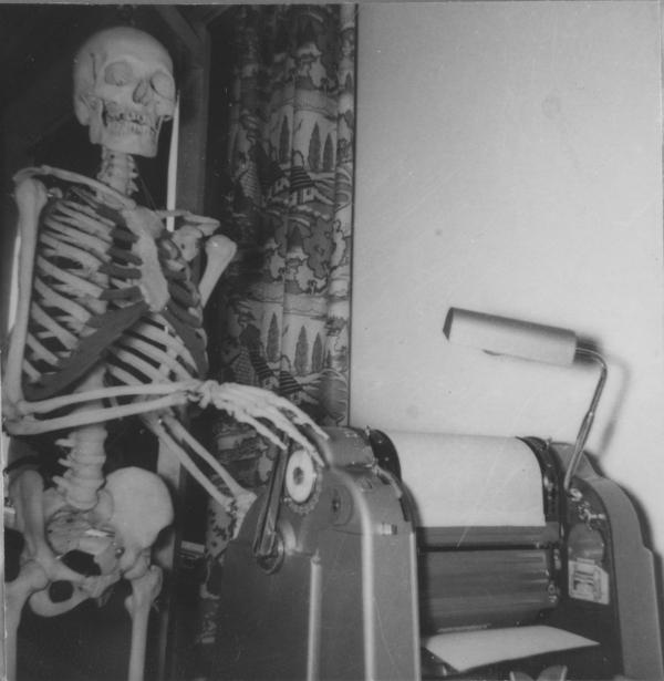 Squelette et machine à polycopier