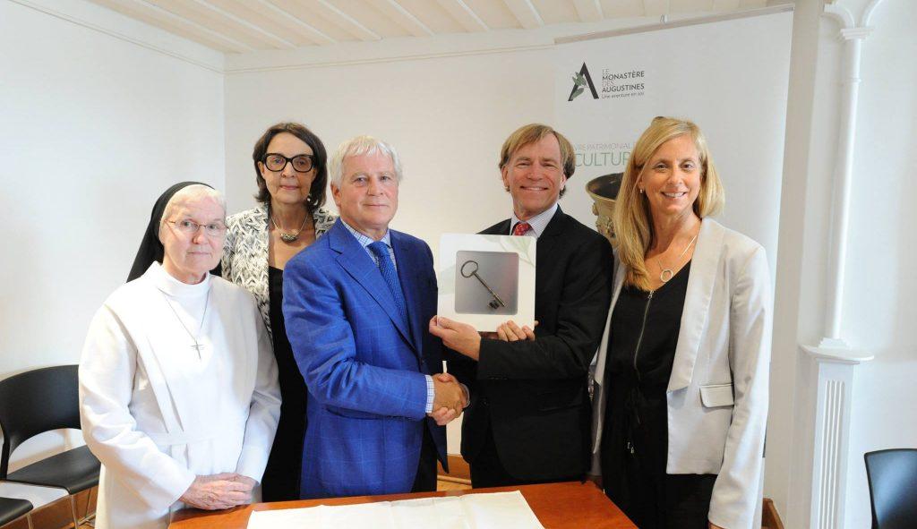 5e anniversaire du Monastère des Augustines -Équipe de direction et collaborateurs à l'ouverture du Monastère des Augustines